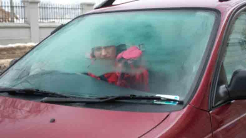 запотевают стекла в авто.