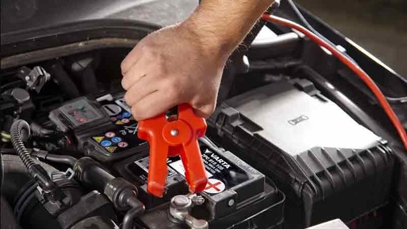 Прикурить автомобиль — как это сделать правильно?